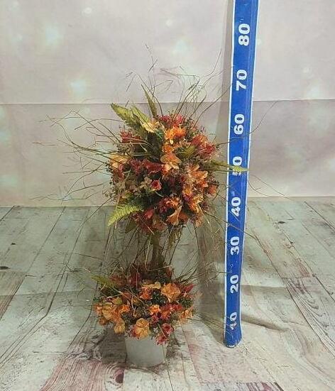 seramik vazoda iki katlı yapay çiçek