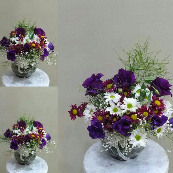 ısparta seramik vazoda beyaz papatya renkli mevsim çiçekleri